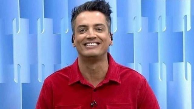 Leo Dias publica pedido de desculpas após saída do 'Fofocalizando'