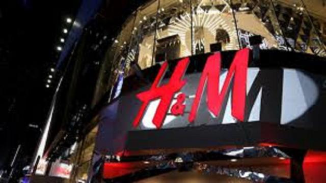 H&M s'associe avec Johanna Ortiz