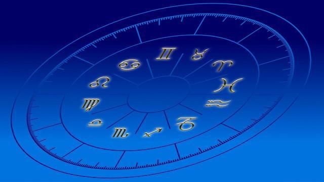 L'oroscopo di domani 1° dicembre, da Ariete a Pesci: novità per Acquario e Leone