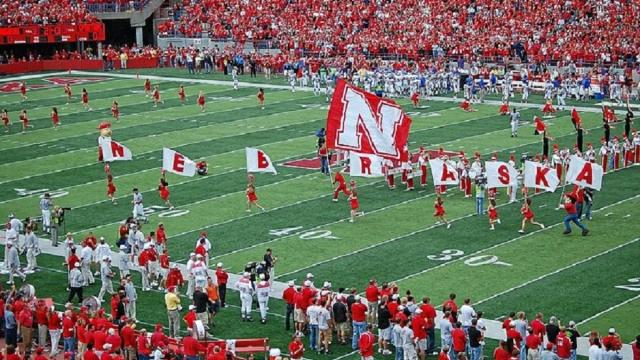 Huskers' recruiting target Omar Manning hints at future school possibility