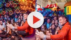 Gianmarco Onestini preso di mira sui social per un fotomontaggio in discoteca