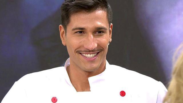 Gianmarco es criticado por su montaje fotográfico con fans duplicados