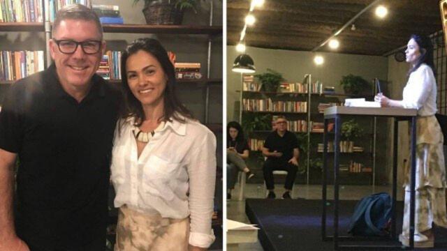 Suzana Alves, ex-Tiazinha, cursa pregação em igreja evangélica