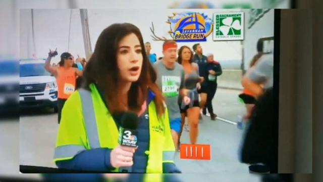 Un corredor toca el trasero a una reportera en pleno Maratón de Savannah: 'Me has violado'
