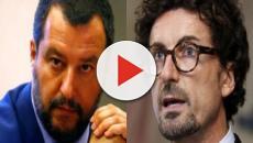 Salvini indagato per i voli di Stato, Toninelli: 'Io prendevo aerei di linea in 2^ classe'