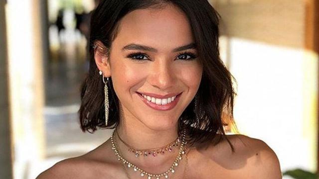 Bruna Marquezine diz já ter enviado fotos íntimas e comenta intimidades em entrevista