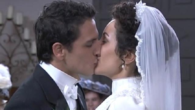 Una Vita, spoiler: Lolita e Antonito si sposeranno per merito di Casilda