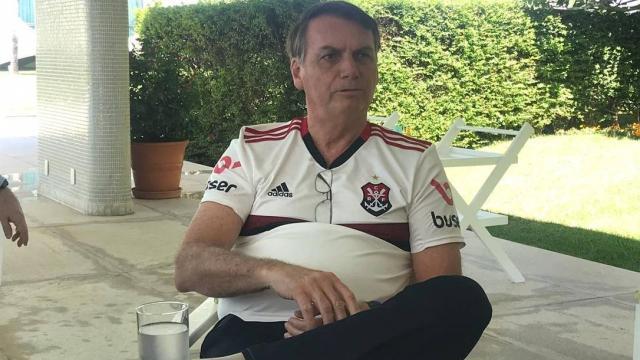 'Se eu não tiver a cabeça no lugar, eu alopro', diz Bolsonaro sobre Flavio