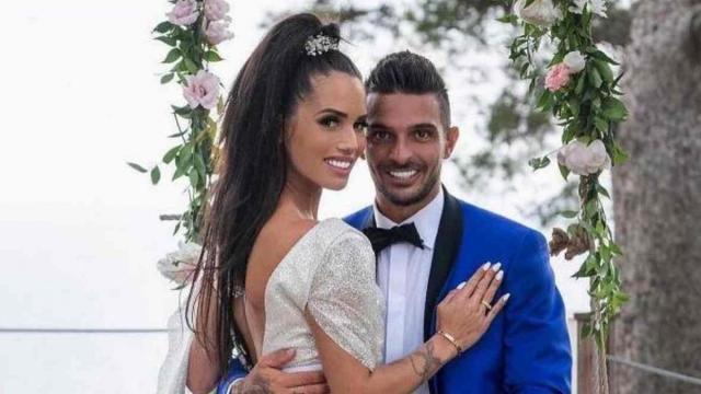 Tiago tombe malade, Manon inquiète qu'il ait attrapé une maladie exotique
