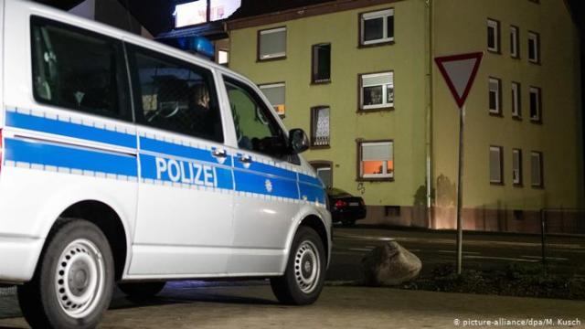 Polícia alemã encontra garoto desaparecido dentro de armário na Alemanha