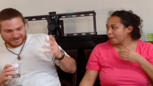 '90 Day Fiance:' Syngin is tired of missing Tania and has decided to have a good time