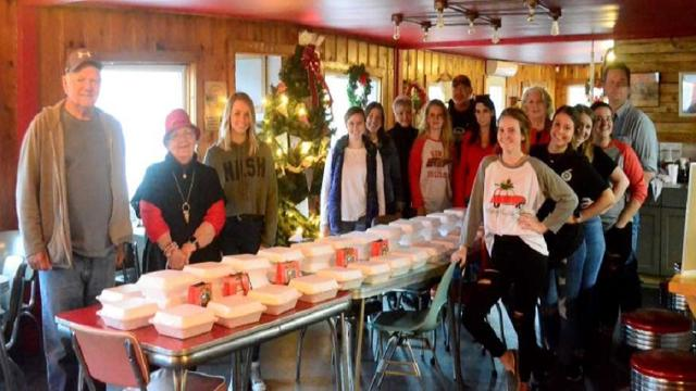 Tennessee diner offers a free Christmas dinner to anyone who walks in the door