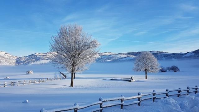 Meteo 28 e 29 dicembre: la neve non tarderà ad arrivare, ma anche tempeste e acquazzoni
