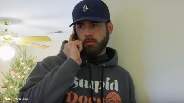 'Teen Mom 2': Alum David Eason shares a photo and he's wearing his ring