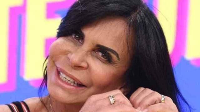 Gretchen dá invertida em seguidora no Instagram