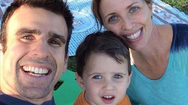 Filho do repórter da ESPN Mendel Bydlowski morre após cair do quinto andar