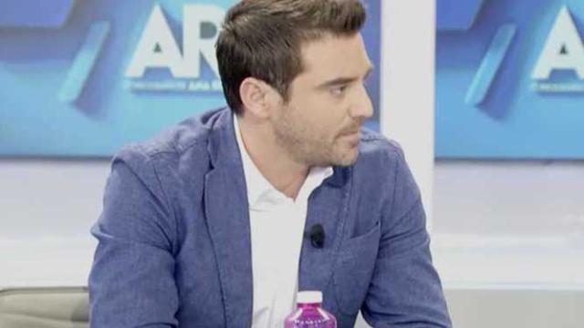 Javier Negre reaparece en Telecinco tras la polémica con una supuesta noticia ficticia