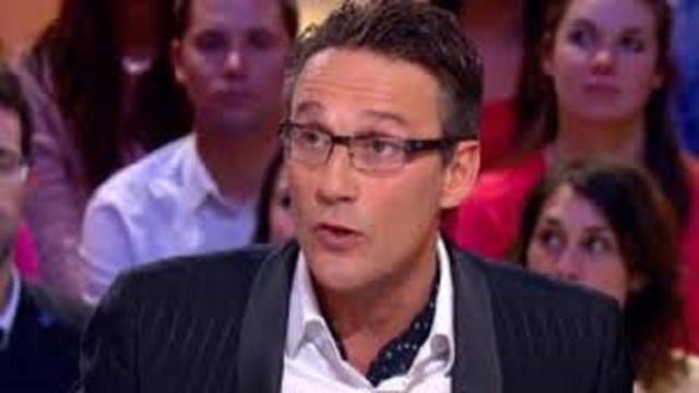 Julien Courbet s'est confié sur la mort de son père