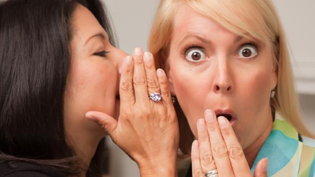 Forum: moglie prendi a calci il marito che ama le 'vecchie', il video è virale