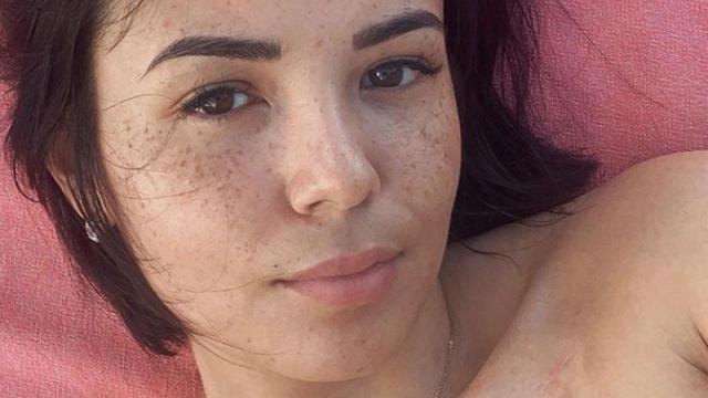 TPMP : Une photo d'Agathe Auproux en robe charme l'ensemble des internautes