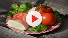 Cinco grupos de alimentos ideais para o verão