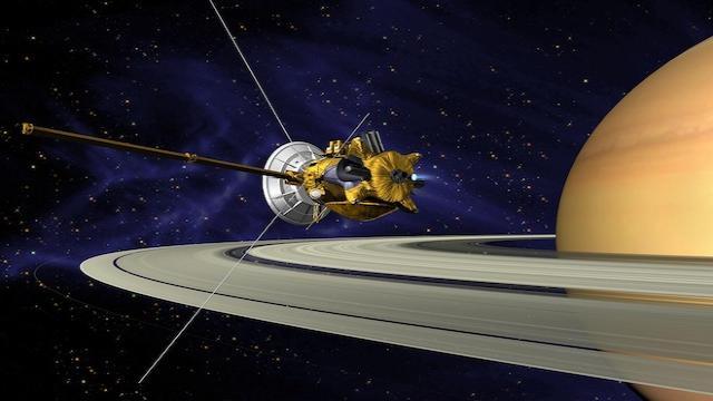 Las imágenes de la sonda Cassini detectan auroras ultravioletas en Saturno