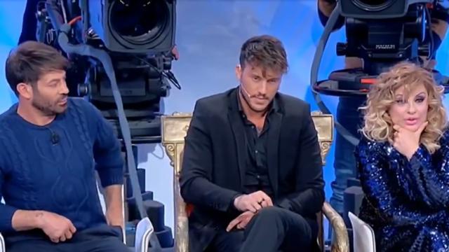 Uomini e Donne, Giulio sceglie Giulia e critica Giovanna: 'Scorrettezza disarmante'