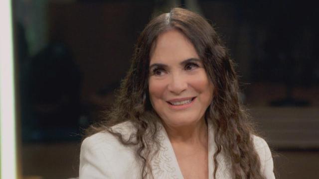 Regina Duarte entra em acordo com Bolsonaro e vai assumir secretária da cultura