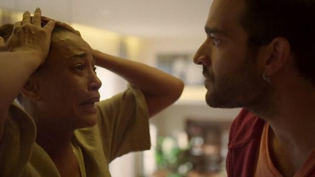 'Amor de Mãe': Vitória se desespera com sumiço do filho