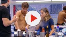 'BBB20': Felipe pede auxilio a Gizelly na cozinha, e provoca cena cômica