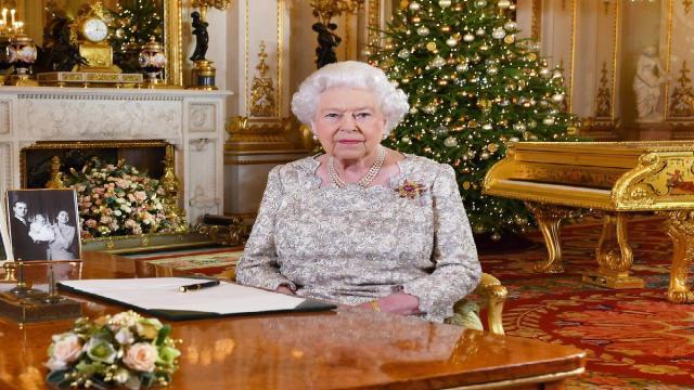 Rainha Elisabeth assina lei que aprova saída do Reino Unido da União Europeia