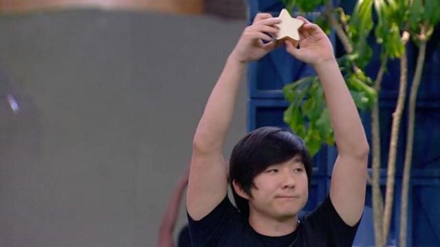 'BBB20': Pyong Lee ganha a 'Prova Bate e Volta' e escapa do Paredão