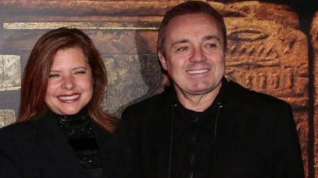Família de Gugu Liberato pede a expulsão do irmão da viúva de casa