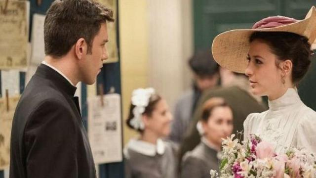 Anticipazioni Una Vita, puntate spagnole: Telmo e Lucia formalizzano il loro fidanzamento
