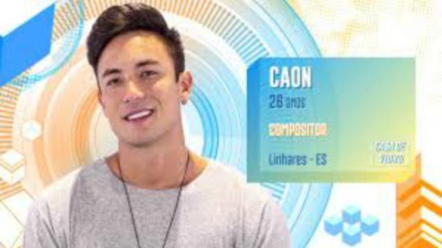 BBB20: Caon, da casa de vidro, recebe apoio de Lucas Lucco e Luan Santana