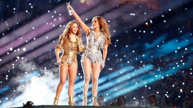 Shakira y Jennifer López en el Super Bowl