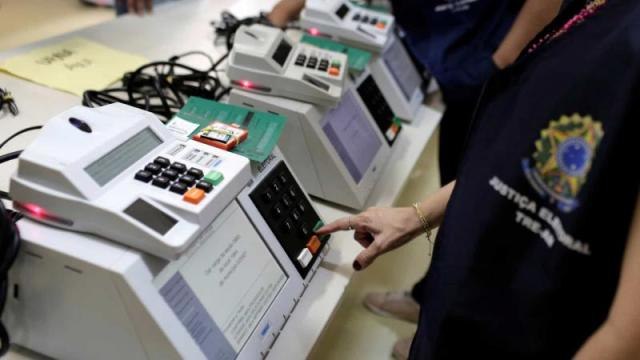 TSE aprova projetos, e eleição 2020 deve ter novas urnas eletrônicas
