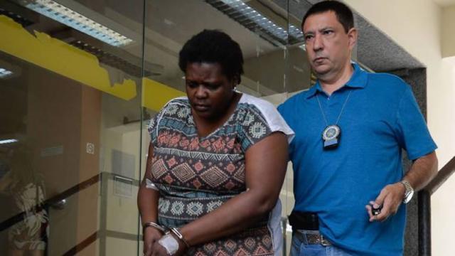 Para furar fila, mulher diz que estava com sintomas do coronavírus e acaba presa