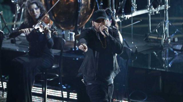 Eminem surpreende e faz apresentação de 'Lose Yourself' no Oscar