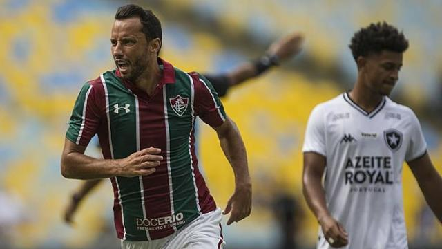 Com golaços de Nenê, Fluminense derrota Botafogo