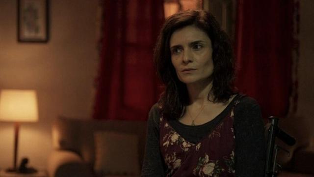 Arieta Corrêa comenta sua personagem em 'Amor de Mãe': 'precisa de terapia'
