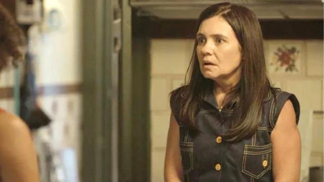 'Amor de Mãe': Thelma conta para Durval a adoção do filho