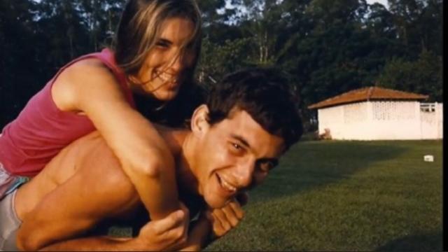 Ex de Senna conta no livro 'Minha Garota' sobre sua primeira vez com o piloto