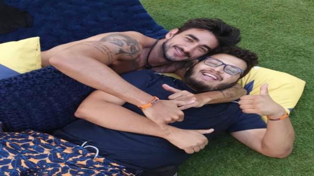 'BBB20': Guilherme diz que Victor Hugo pediu selinho para ele