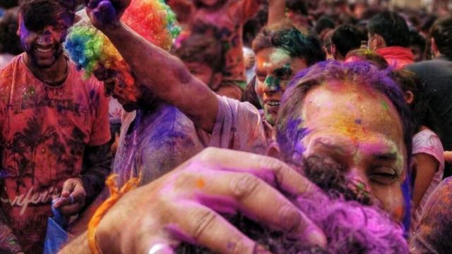 Carnaval 2020: Sambas vão comentar racismo, intolerância e descaso do governo