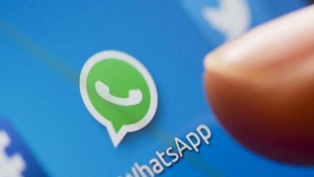 WhatsApp, la piattaforma colpita dal virus di San Valentino che svuota il credito