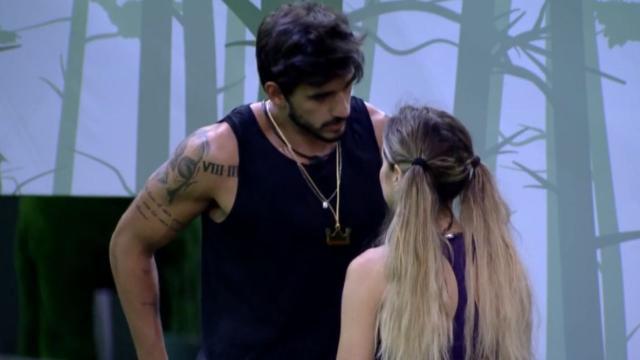 'BBB20': Guilherme diz que só não coloca Gizelly e Marcela no paredão por sua causa