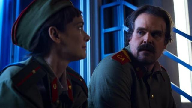 Stranger Things 4, spoiler dagli autori: lo sceriffo Hopper è ancora vivo