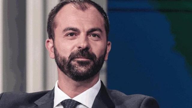 Fioramonti: l'ex ministro sulla destra 'È come il Nulla', e su Renzi dice 'Saltimbanco'
