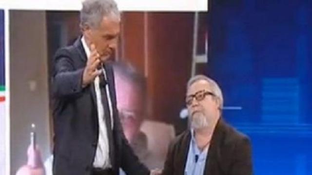 Non è l'Arena, Etro cacciato da Giletti che denuncia: 'Mi hanno detto ti sparo in bocca'